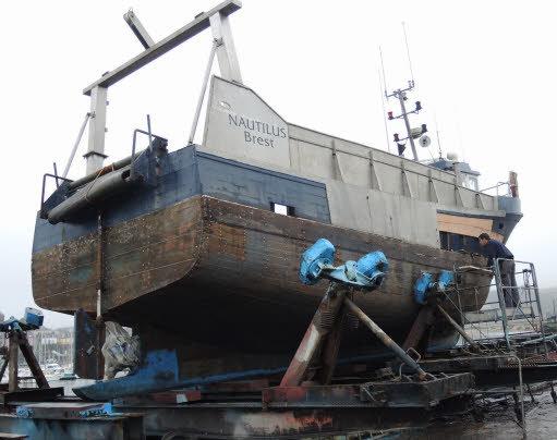 130117 nautilus sur le slipway de camaret